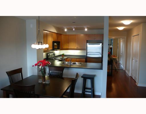 "Main Photo: 305 808 SANGSTER Place in New_Westminster: The Heights NW Condo for sale in ""Brockton"" (New Westminster)  : MLS® # V753491"