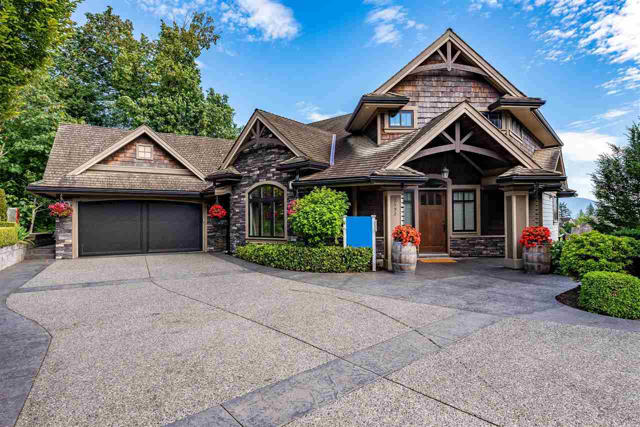 FEATURED LISTING: 2592 LAVENDER Court Abbotsford