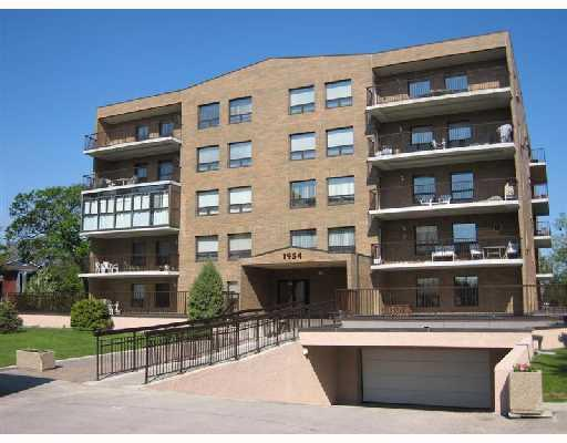 Main Photo: 1954 HENDERSON Highway in WINNIPEG: North Kildonan Condominium for sale (North East Winnipeg)  : MLS® # 2818686