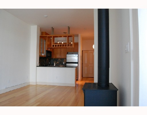 "Photo 4: 301 8988 HUDSON Street in Vancouver: Marpole Condo for sale in ""RETRO"" (Vancouver West)  : MLS® # V720149"
