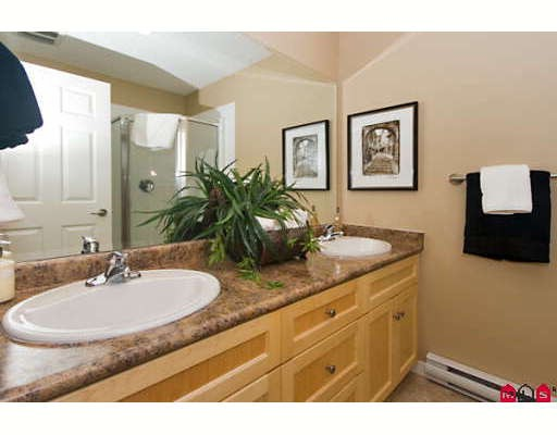 "Photo 8: 7 2865 273RD Street in Langley: Aldergrove Langley Townhouse for sale in ""EMMY LANE"" : MLS(r) # F2827856"