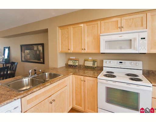 "Photo 6: 7 2865 273RD Street in Langley: Aldergrove Langley Townhouse for sale in ""EMMY LANE"" : MLS(r) # F2827856"