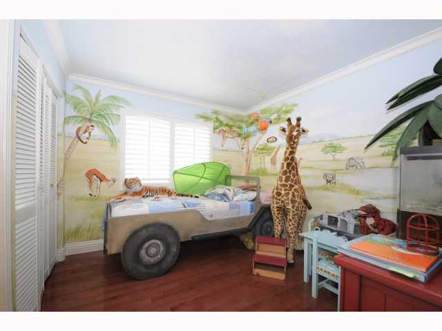 Photo 15: CHULA VISTA House for sale : 5 bedrooms : 749 Creekside