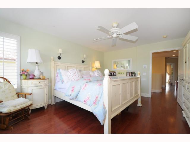 Photo 12: CHULA VISTA House for sale : 5 bedrooms : 749 Creekside