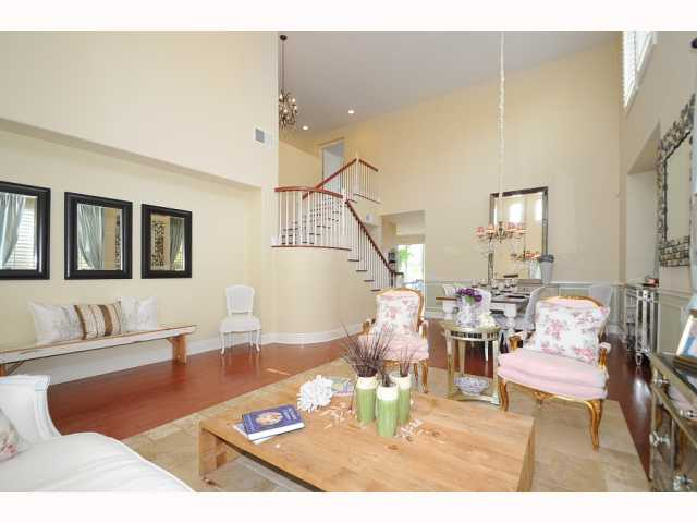 Photo 10: CHULA VISTA House for sale : 5 bedrooms : 749 Creekside