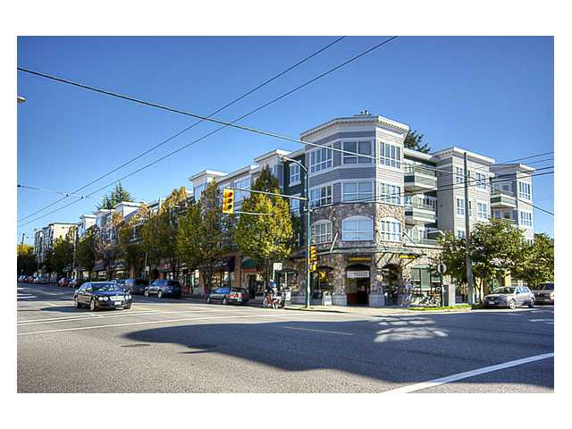 "Photo 1: 215 2680 W 4TH Avenue in Vancouver: Kitsilano Condo for sale in ""STAR OF KISILANO"" (Vancouver West)  : MLS® # V852528"