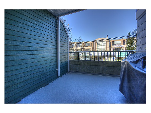"Photo 9: 215 2680 W 4TH Avenue in Vancouver: Kitsilano Condo for sale in ""STAR OF KISILANO"" (Vancouver West)  : MLS® # V852528"