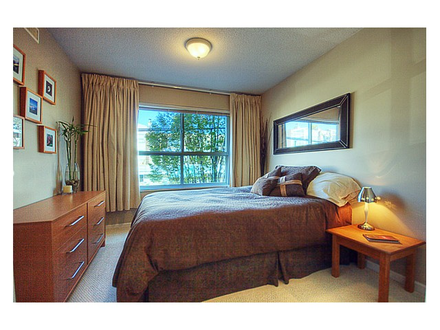 "Photo 5: 215 2680 W 4TH Avenue in Vancouver: Kitsilano Condo for sale in ""STAR OF KISILANO"" (Vancouver West)  : MLS® # V852528"