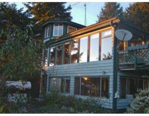 "Photo 2: 4579 STALASHEN DR in Sechelt: Sechelt District House for sale in ""TSAWCOME"" (Sunshine Coast)  : MLS(r) # V558978"