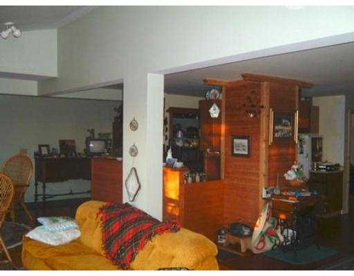 "Photo 5: 4579 STALASHEN DR in Sechelt: Sechelt District House for sale in ""TSAWCOME"" (Sunshine Coast)  : MLS(r) # V558978"