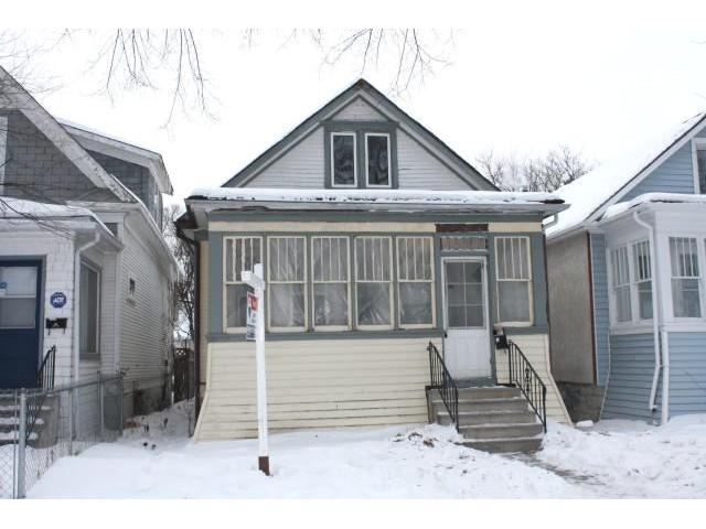 Main Photo: 520 Hethrington Avenue in WINNIPEG: Manitoba Other Residential for sale : MLS® # 1002672
