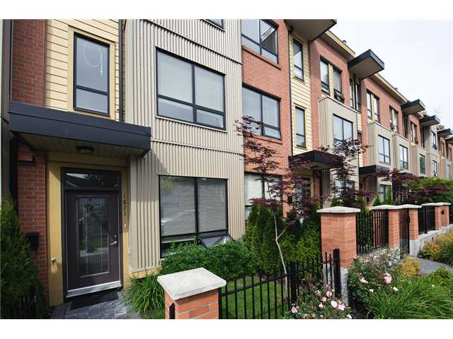 "Photo 2: 1871 STAINSBURY Avenue in Vancouver: Victoria VE Townhouse for sale in ""THE WORKS"" (Vancouver East)  : MLS(r) # V834837"