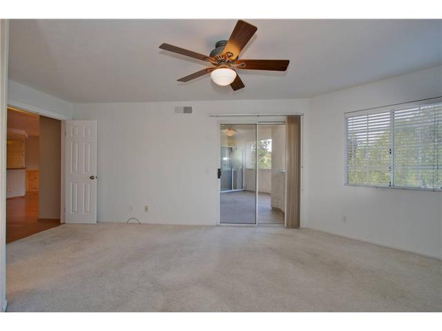 Photo 3: SCRIPPS RANCH Condo for sale : 3 bedrooms : 11365 AFFINITY #194 in San Diego