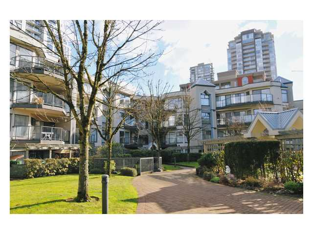 "Main Photo: 301 2978 BURLINGTON Drive in Coquitlam: North Coquitlam Condo for sale in ""THE BURLINGTON"" : MLS® # V868630"