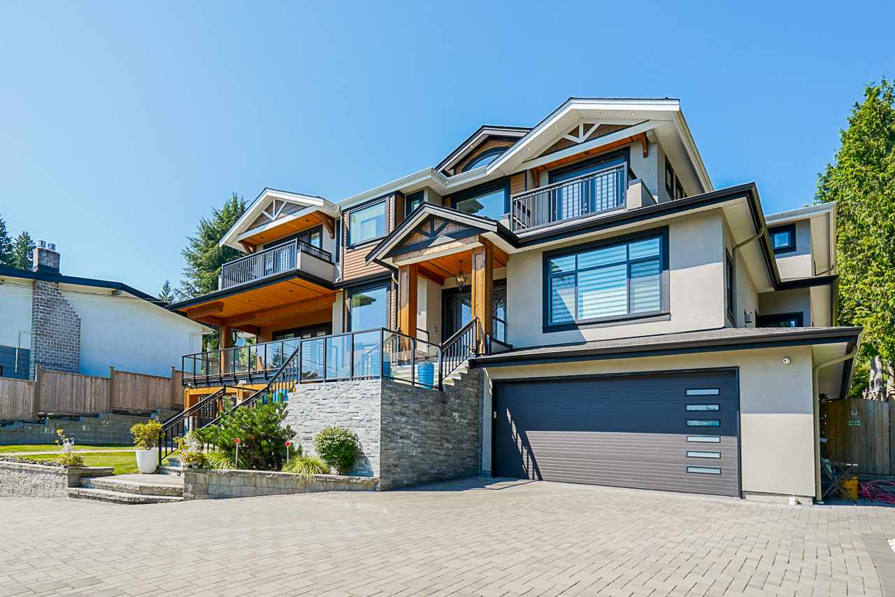 FEATURED LISTING: 3044 SPURAWAY Avenue Coquitlam