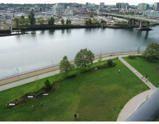 "Main Photo: 1205 918 COOPERAGE Way in Vancouver: False Creek North Condo for sale in ""MARINER"" (Vancouver West)  : MLS® # V787134"