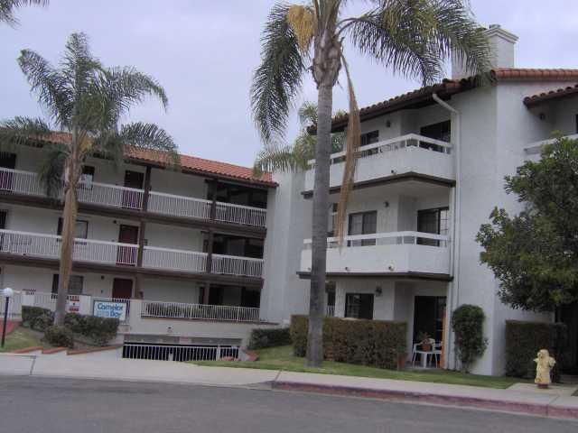 Main Photo: BAY PARK Condo for sale : 2 bedrooms : 2630 Erie #8 in San Diego