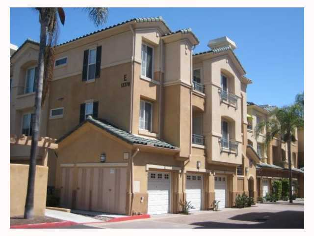 Main Photo: CARMEL VALLEY Condo for sale : 3 bedrooms : 12370 Carmel Country #E305 in San Diego