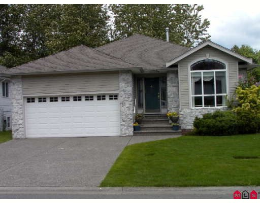 "Main Photo: 31 32250 DOWNES Road in Abbotsford: Abbotsford West Townhouse for sale in ""Downes Road Estates"" : MLS® # F2819258"