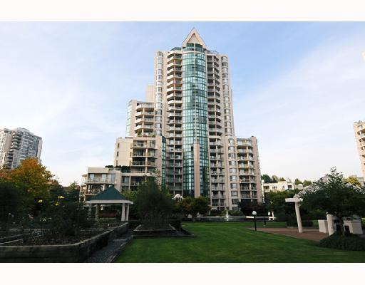 Main Photo: 802 1199 EASTWOOD Street in Coquitlam: North Coquitlam Condo for sale : MLS® # V743498
