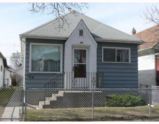 Main Photo: 764 PRITCHARD Avenue in WINNIPEG: North End Residential for sale (North West Winnipeg)  : MLS®# 2907321