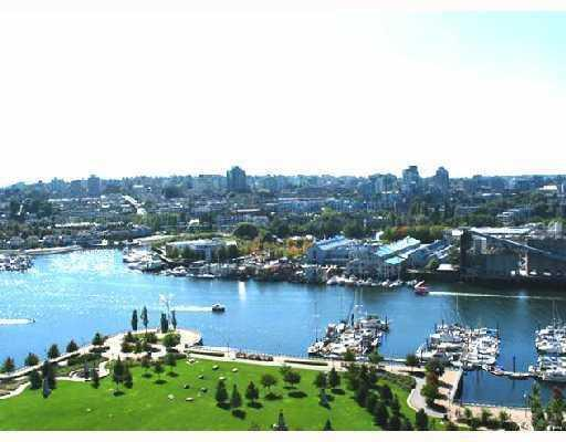 "Photo 2: 1003 583 BEACH Crescent in Vancouver: False Creek North Condo for sale in ""TWO PARK WEST"" (Vancouver West)  : MLS® # V803501"
