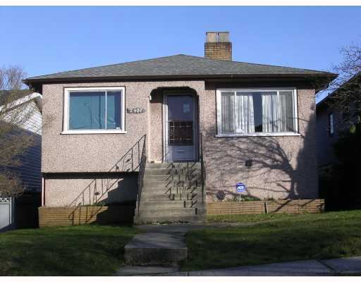 Main Photo: 2457 BROCK Street in Vancouver: Collingwood VE House for sale (Vancouver East)  : MLS® # V810270