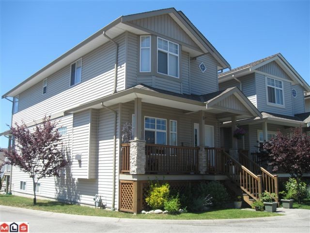"Main Photo: 116 33751 7TH Avenue in Mission: Mission BC Townhouse for sale in ""HERITAGE PARK"" : MLS®# F1019203"