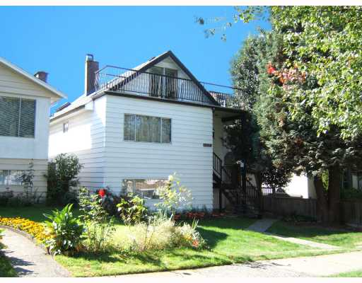 "Main Photo: 3144 E 22ND Avenue in Vancouver: Renfrew Heights House for sale in ""RENFREW HEIGHTS"" (Vancouver East)  : MLS® # V733702"