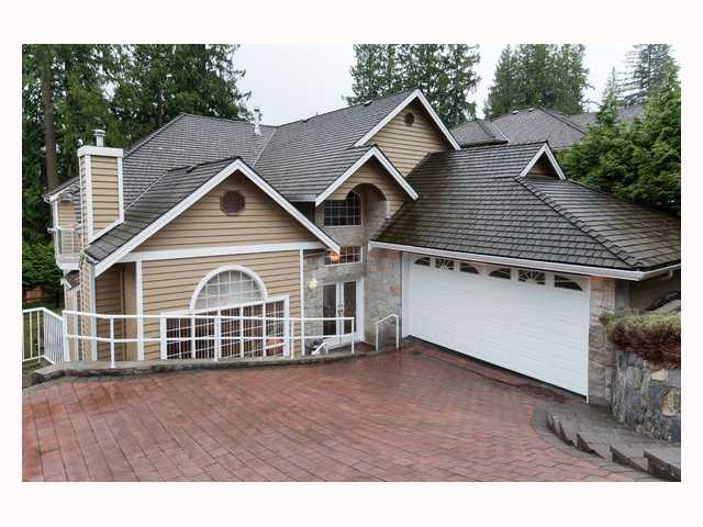Main Photo: 969 SAUVE Court in North Vancouver: Braemar House for sale : MLS® # V818738
