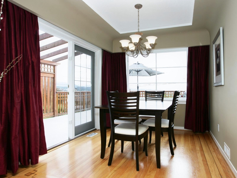 Photo 6: 412 BLAIR Avenue in New_Westminster: Sapperton House for sale (New Westminster)  : MLS(r) # V718303