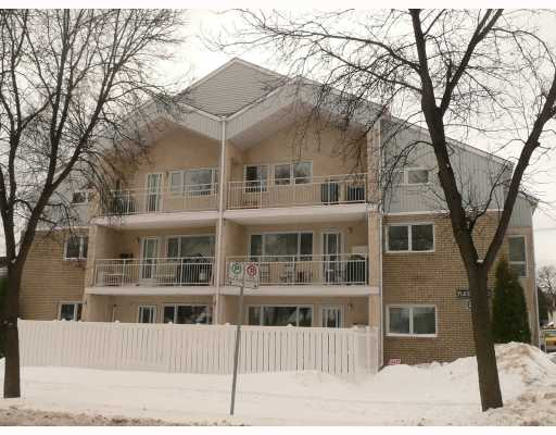Main Photo: 270 DOLLARD Boulevard in WINNIPEG: St Boniface Condominium for sale (South East Winnipeg)  : MLS(r) # 2904664