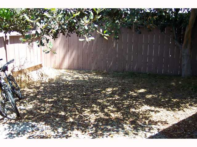 Photo 5: SAN DIEGO House for sale : 4 bedrooms : 4465 Arendo