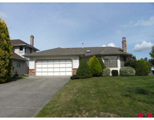 "Main Photo: 18567 60A Avenue in Surrey: Cloverdale BC House for sale in ""Eaglecrest"" (Cloverdale)  : MLS(r) # F2919005"