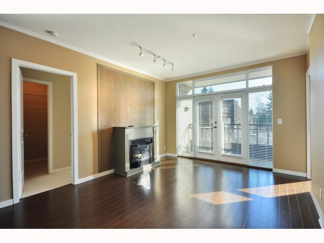 "Main Photo: 301 4479 W 10TH Avenue in Vancouver: Point Grey Condo for sale in ""THE AVENUE"" (Vancouver West)  : MLS® # V814674"