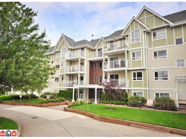 "Main Photo: 108 20189 54TH Avenue in Langley: Langley City Condo for sale in ""Catalina Gardens"" : MLS(r) # F1025178"