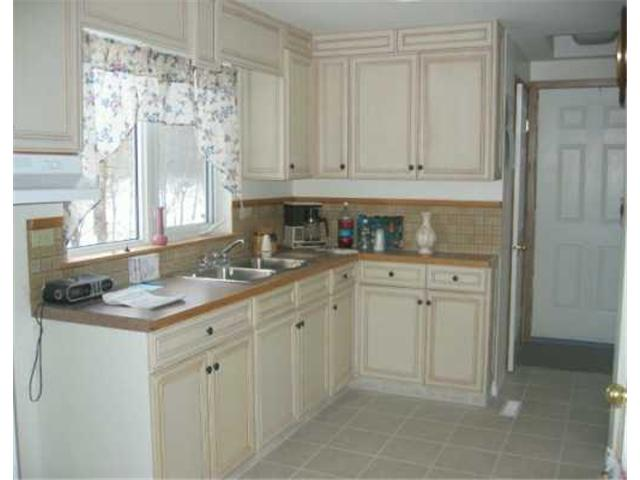 Photo 4:  in BEAUSEJOUR: Beausejour / Tyndall Residential for sale (Winnipeg area)  : MLS® # 2600222