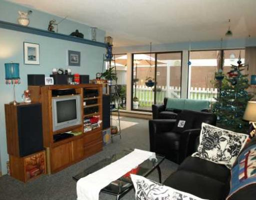 "Photo 2: 60 10200 4TH Avenue in Richmond: Steveston North Townhouse for sale in ""MANOAH VILLAGE"" : MLS® # V810859"
