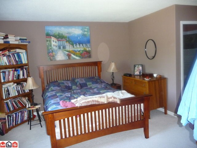 "Photo 7: 404 15941 MARINE Drive: White Rock Condo for sale in ""The Heritage"" (South Surrey White Rock)  : MLS(r) # F1024233"