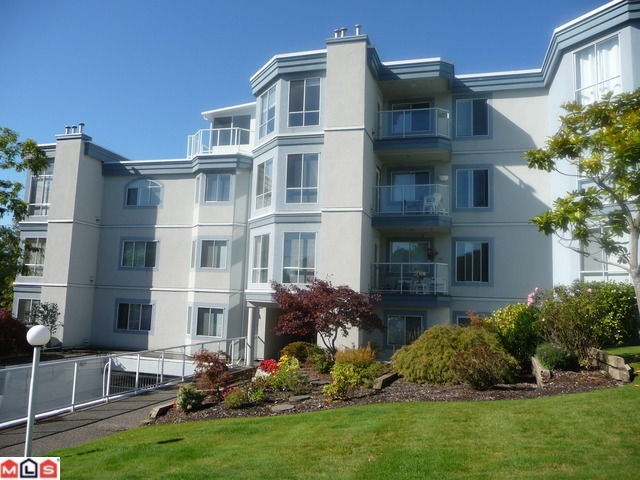 "Main Photo: 404 15941 MARINE Drive: White Rock Condo for sale in ""The Heritage"" (South Surrey White Rock)  : MLS® # F1024233"