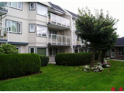 "Main Photo: 111 13965 16TH Avenue in Surrey: Sunnyside Park Surrey Condo for sale in ""WINDSOR HOUSE"" (South Surrey White Rock)  : MLS® # F1100652"