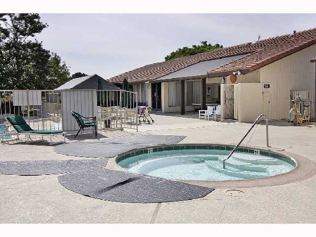 Photo 5: ENCINITAS Home for rent : 2 bedrooms : 1990 Springdale