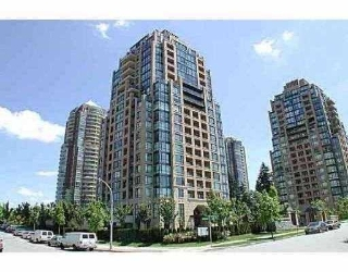 "Main Photo: 208 7368 SANDBORNE Avenue in Burnaby: South Slope Condo for sale in ""MAYFAIR PLACE"" (Burnaby South)  : MLS® # V789377"