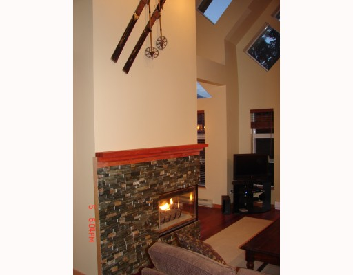 "Photo 7: 103 4865 PAINTED CLIFF Drive: Whistler Townhouse for sale in ""SNOWBIRD"" : MLS® # V789469"