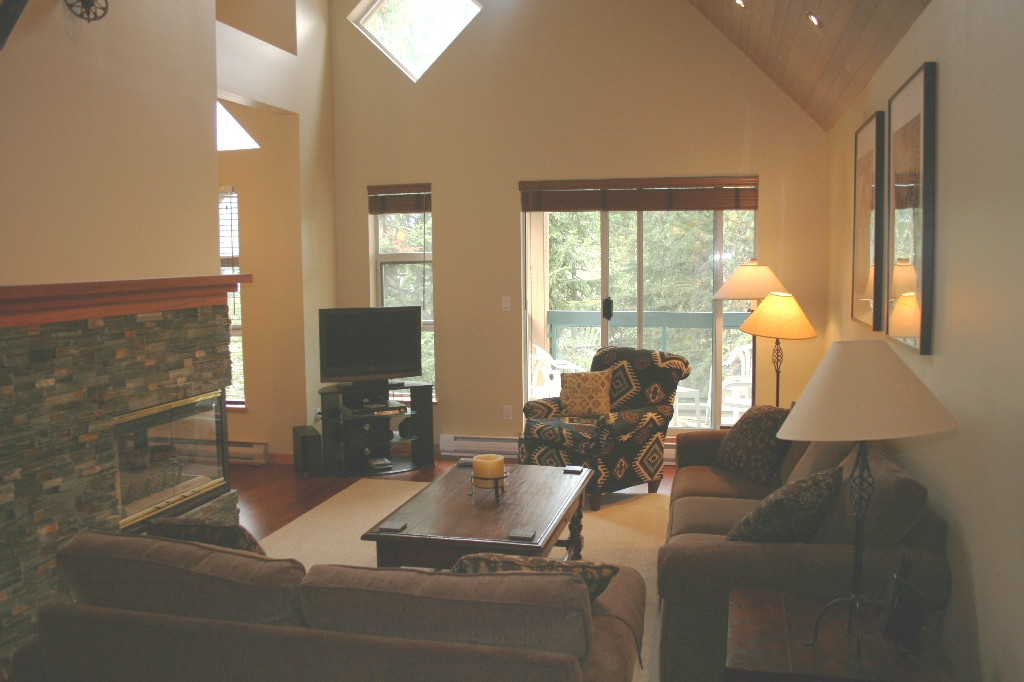 "Photo 11: 103 4865 PAINTED CLIFF Drive: Whistler Townhouse for sale in ""SNOWBIRD"" : MLS® # V789469"