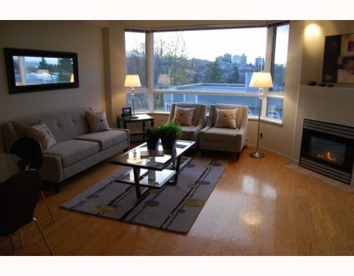 "Photo 3: 404 1688 CYPRESS Street in Vancouver: Kitsilano Condo for sale in ""YORKVILLE SOUTH"" (Vancouver West)  : MLS(r) # V797521"