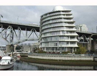 Main Photo: 616 KINGHORNE MEWS BB in Vancouver: False Creek North Condo for sale in &quot;SLIVER SEA&quot; (Vancouver West)  : MLS(r) # V754390