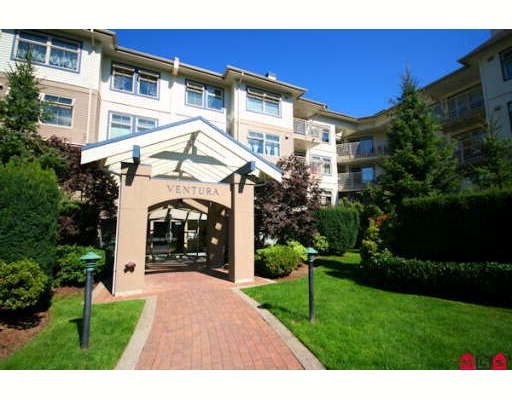 "Main Photo: 412 15210 GUILDFORD Drive in Surrey: Guildford Condo for sale in ""THE BOULEVARD CLUB"" (North Surrey)  : MLS®# F2913141"