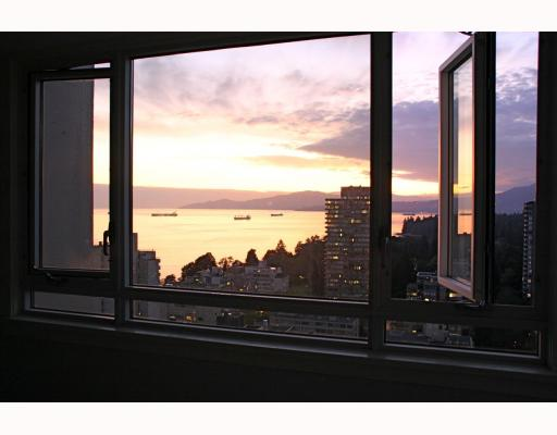 "Main Photo: 2606 1850 COMOX Street in Vancouver: West End VW Condo for sale in ""EL CID"" (Vancouver West)  : MLS(r) # V783682"