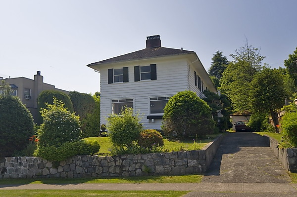 Main Photo: 4182 W 8TH Avenue in Vancouver: Point Grey House for sale (Vancouver West)  : MLS(r) # V833155